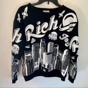 Style by 21 | Funky Spaceship Sweatshirt